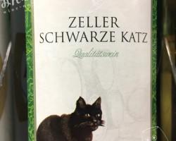 S・シュロスベルグ・ツェラー・シュヴァルツ・カッツ(S.Schlossbergkellerei Zeller Schwarze Katz)