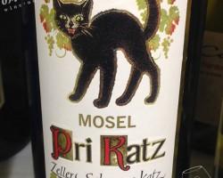 ツェラー・シュワルツ・カッツ・プリカッツ Q.b.A.(Zeller Schwarze Kats Pri Kats Q.b.A.)