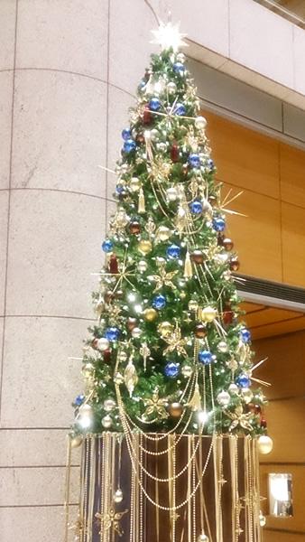 日本橋三井タワー クリスマスツリー