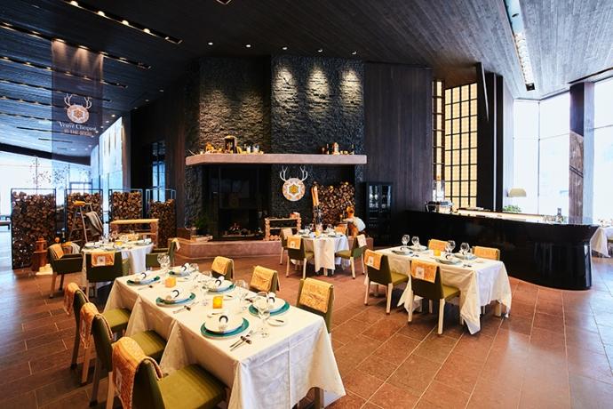 """ヴーヴ・クリコが贈るウィンターシーズン『Veuve Clicquot """"In the Snow""""』スノーリゾート・ニセコにて開催"""
