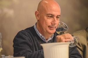 日本酒酵母が叶えた超低温発酵ワイン『ぎんの雫』