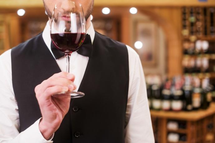 『Firadis WINE CLUB』が法人向けソムリエサービスを開始